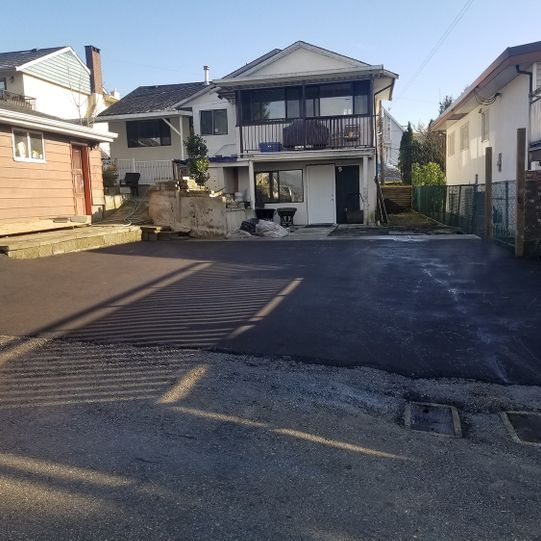 Burnaby driveway - dig out rebase and pave